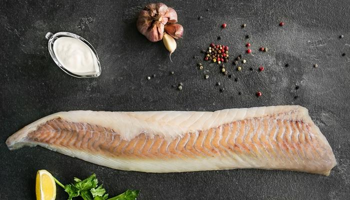 Подготовленная рыба к копчению