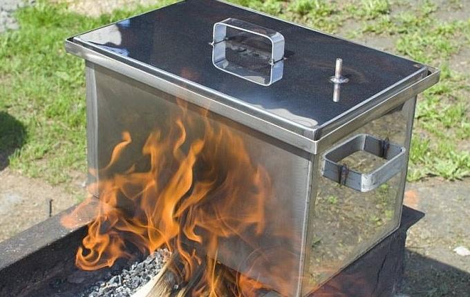 Коптильня для горячего копчения
