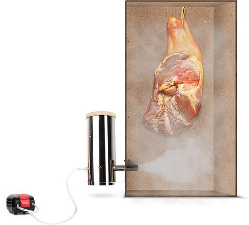 Большой кусок мяса в стадии готовки