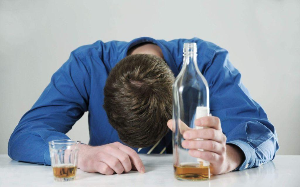Тошнота после алкоголя. Рвота после алкоголя