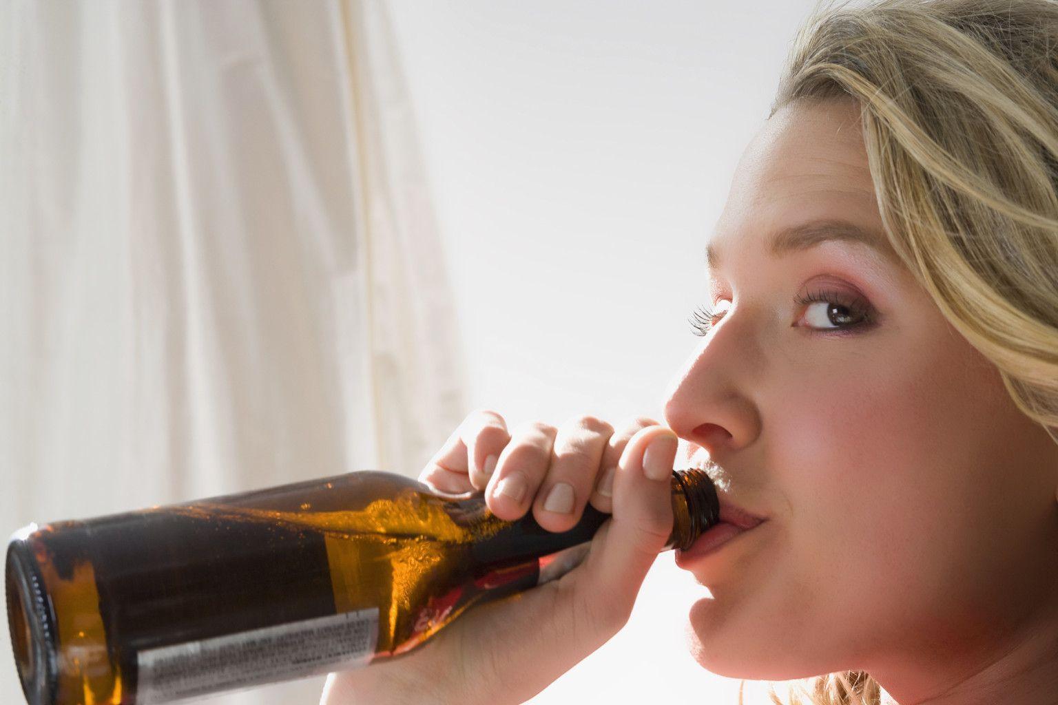 Можно ли пить алкоголь при цистите? Можно ли пить алкоголь при цистите?